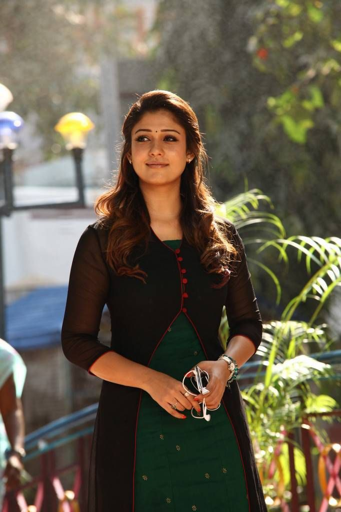 nayanthara without clothes