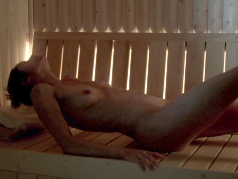 sienna guillory totally nude